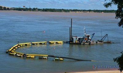Dragan para recuperar la costa tras desmoronamiento