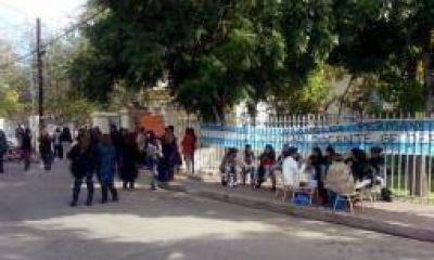 Desalojaron a manifestantes que tomaban cinco escuelas en Chilecito