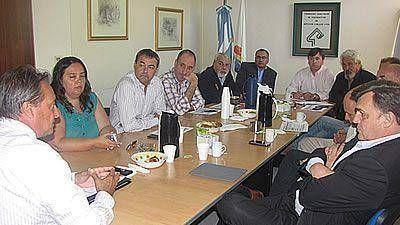 El Gobierno reúne hoy a cooperativas para destrabar conflicto con Luz y Fuerza