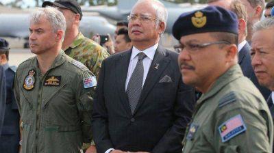 """Malasia """"no tendrá descanso"""" hasta hallar al avión desaparecido"""