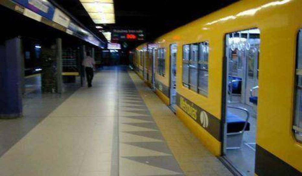 Metrodelegados amenazan con paralizar el subte