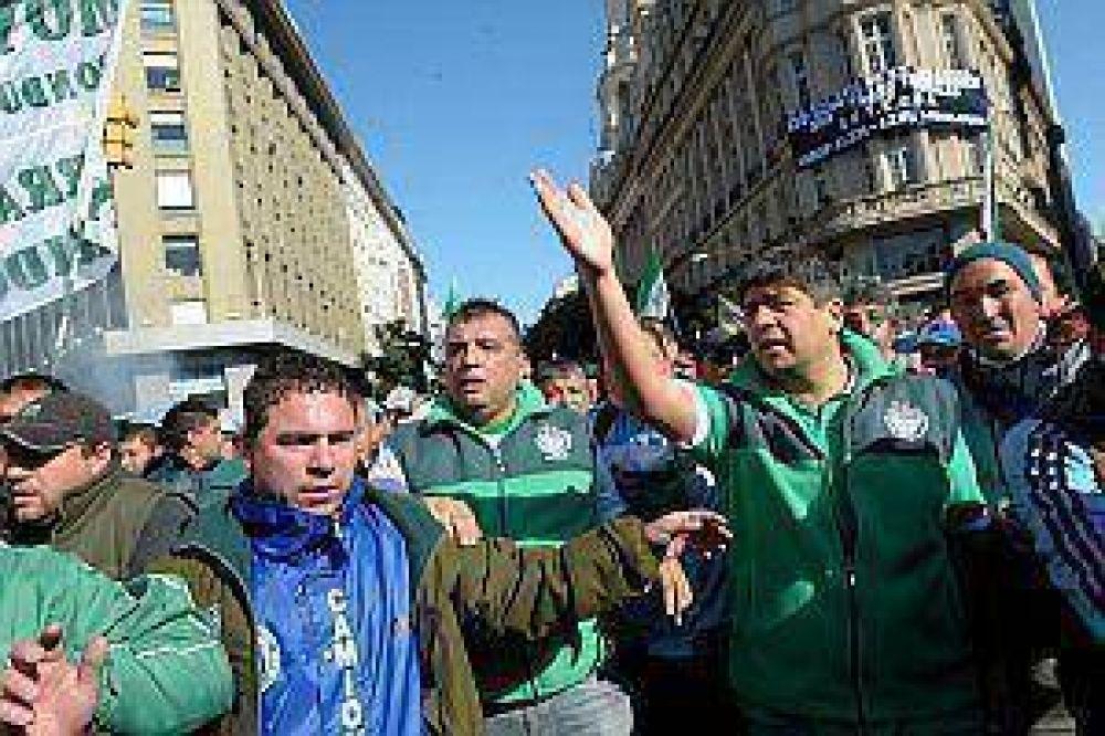 Moyano dice que la huelga de la CGT opositora no es un paro político