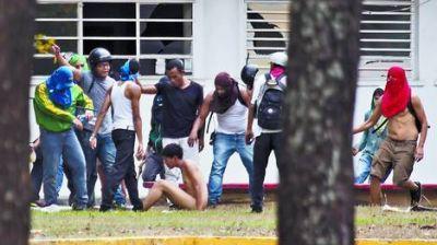 """Venezuela: la oposición denuncia """"nuevas prácticas"""" de represión"""