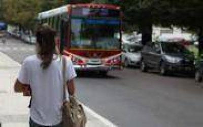 Rige nuevamente en La Plata el boleto escolar gratuito para primarios y secundarios