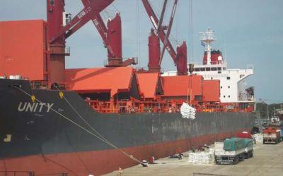 El Unity zarpó con más de 14 mil toneladas de arroz