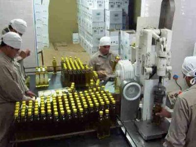 Piden que el Instituto Nacional de Vitivinicultura también fiscalice al aceite de oliva