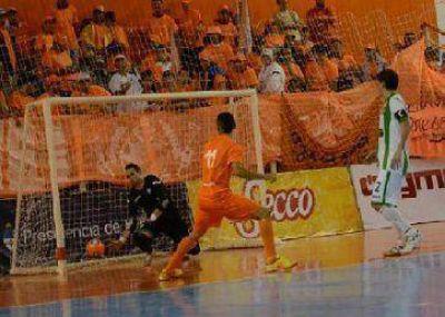 Scioli debutó en Primera y Villa La Ñata ganó
