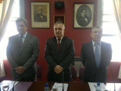 """Apertura de sesiones: """"Berisso se consolida como una nueva ciudad universitaria"""", dijo Slezack"""