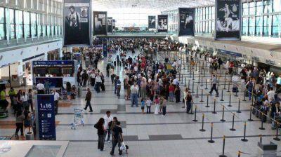 Se desplomaron las ventas de los pasajes aéreos al exterior