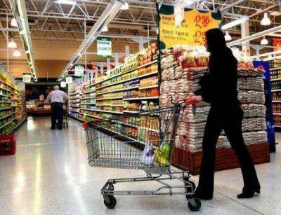 Las ventas en supermercados descendieron un 10 por ciento