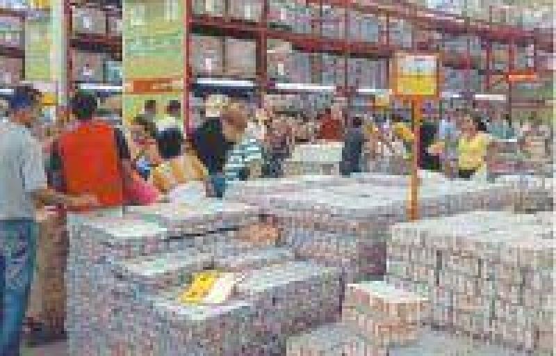 Mayoristas, la llave para sumar a chinos y almacenes del país