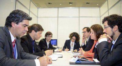 Fracaso de Kicillof y Capitanich en las negociaciones para destrabar nuevos cr�ditos del BID