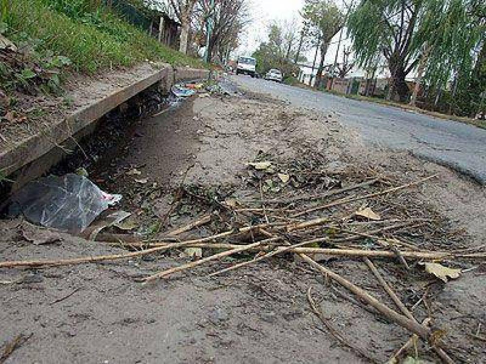 LOMAS | PREOCUPACIÓN VECINAL    Vuelven a exigir la puesta en marcha de desagües en Santa Marta