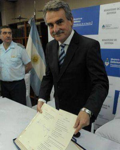 Agustín Rossi entregará a Gioja archivos de la última dictadura