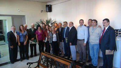 El Diputado Italiano Ricardo Merlo visitó el Concejo de San Isidro