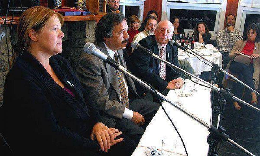 Para Alfonsín, las encuestas no reflejan los resultados reales