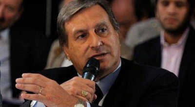 Rozas quiere eliminar el IVA de la canasta alimenticia