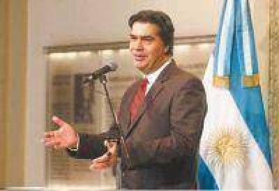 """""""Luis Barrionuevo se erige como el armador de la CGT opositora"""""""