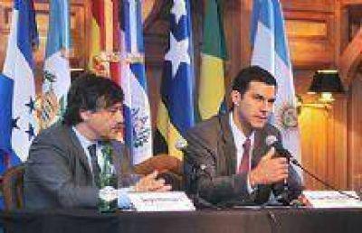 Juan Manuel Urtubey planteó la necesidad de crear un Consejo Económico y Social nacional