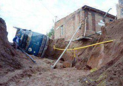 Nación enviará $80 millones para quienes perdieron sus viviendas