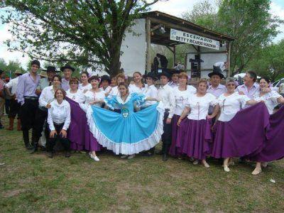 Ya comenzó el Folklore en el Club Sportivo Baradero