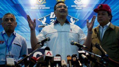 Malasia desmiente misteriosa llamada de copiloto de vuelo MH370