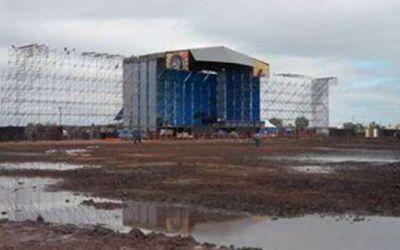 En Gualeguaych� comenzaron los operativos de limpieza tras el show