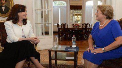 Bachelet cancel� su visita a Argentina por el tr�gico incendio en Chile
