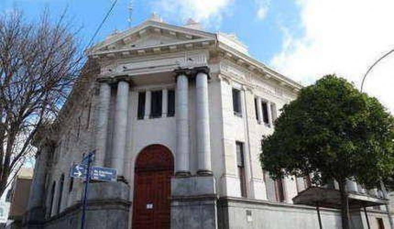 Municipales: fuerte adhesión a la medida convocada por el gremio