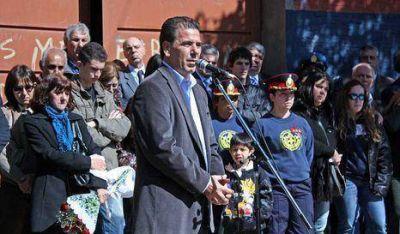 """Homenajearon a los """"Héroes de Barracas"""""""