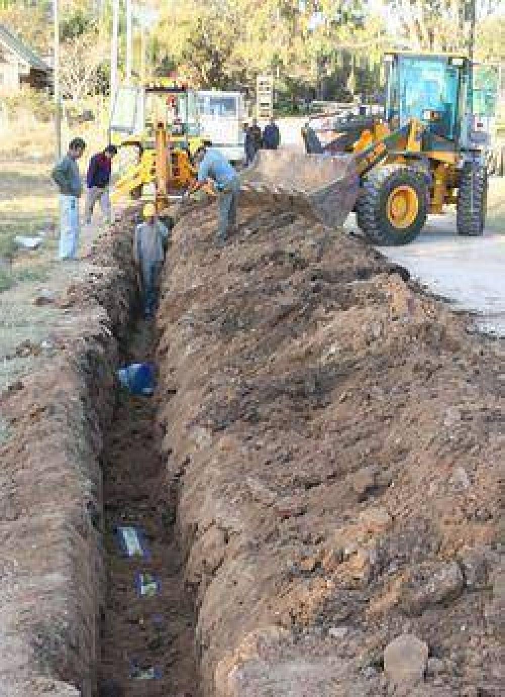 """Campana ciudad modelo: """"Con las obras iniciadas, el 100% de la ciudad contará con agua potable"""""""