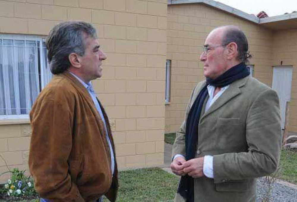 Malvinas Argentinas  Cariglino visitó el Complejo de Tierras Altas