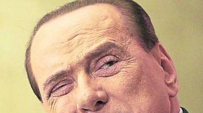 Berlusconi evitó el arresto en su casa y deberá cuidar ancianos