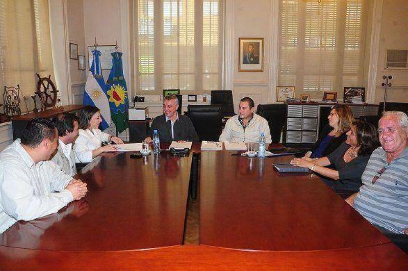 Anuncian acuerdo paritario para empleados municipales de Tigre