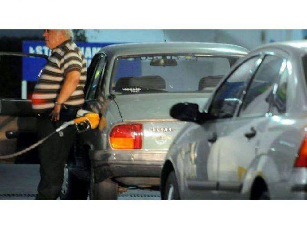 Confirmaron que será normal en Mendoza el expendio de combustibles durante la Semana Santa