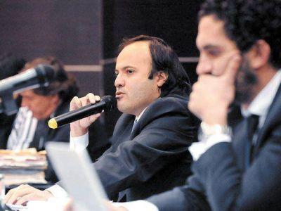 """Caso Bolognezi: """"Su actuación como juez me revuelve el estómago"""""""
