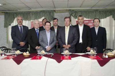Intendentes se reunieron con autoridades de Acumar, AySA y Obras P�blicas de Naci�n en Lan�s