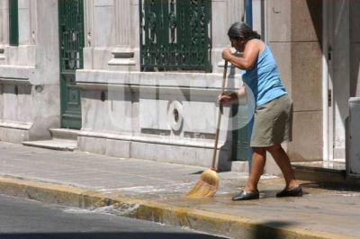 Promueven la regularización de las empleadas domésticas