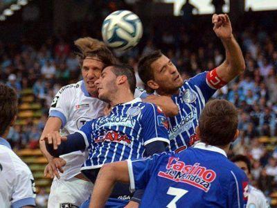 �M�s que tres puntos!: Godoy Cruz super� 2 a 1 a Belgrano en C�rdoba