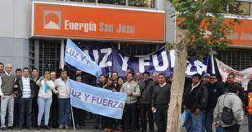 Empleados de Energía San Juan pidieron aumentos de salarios
