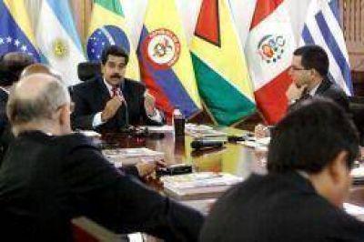 Cancilleres de Unasur destacan el clima de diálogo en Venezuela