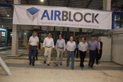 Capitanich y Bacileff Ivanoff recorrieron la Planta de hormigón Airblock