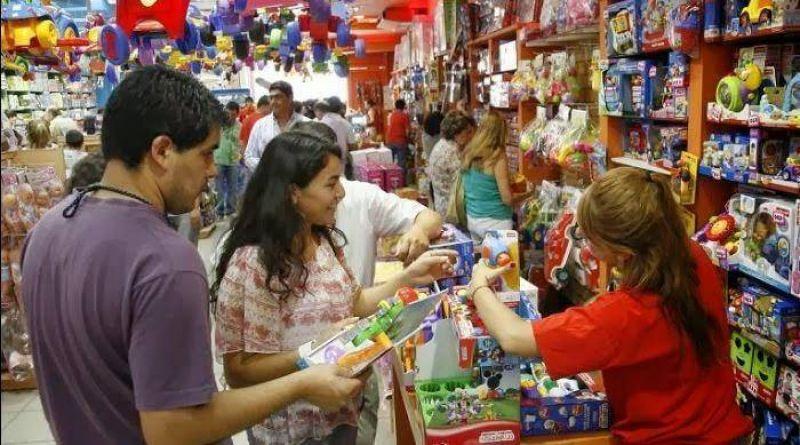 Mercantiles acordaron 27% de suba salarial