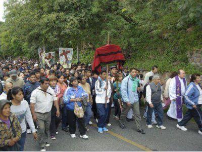 Más de seis mil salteños participaron del Vía Crucis