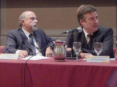 Mar del Plata presentó su plan de dragado en convención continental