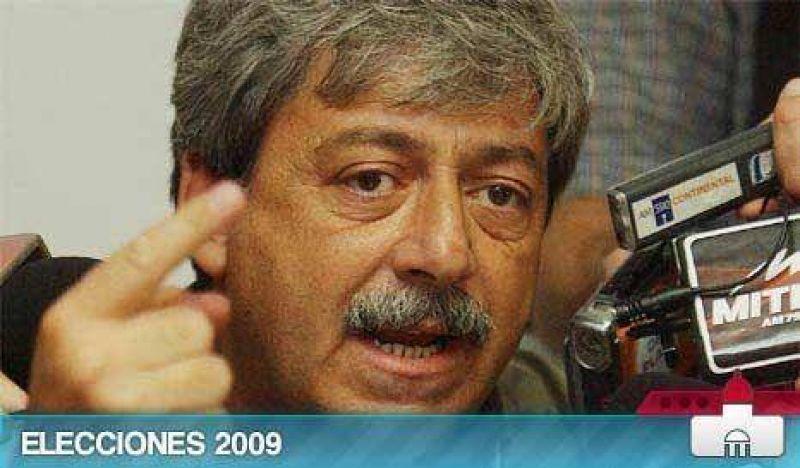 """Buzzi se despegó de De Angeli: """"Sus dichos son oligarcas y feudales"""""""