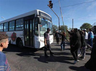 Heridos y detenidos durante un intento de usurpación de terrenos en Moreno