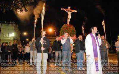Junín: devoción y fe en el Vía Crucis
