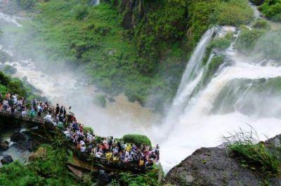 Semana Santa: ingresaron a Cataratas un 41% de turistas menos que el año pasado