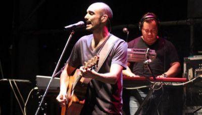 Abel Pintos cant� para 80 mil personas